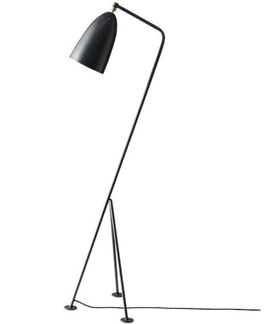 Gubi Grasshopper Lampe